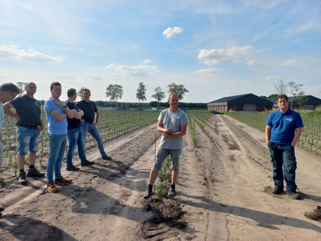 Zonovergoten boomkwekerijmiddag bij vruchtboomkwekerij Van Montfort in Bergeijk